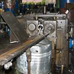 油圧式転造盤